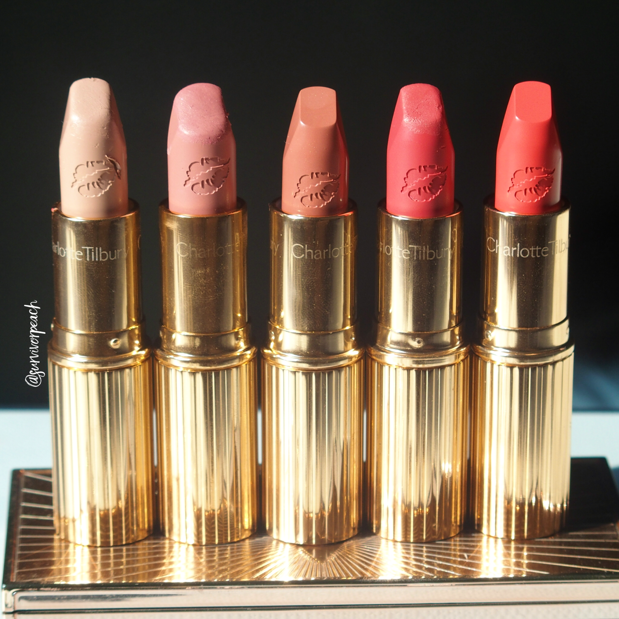 Charlotte Tilbury Hot Lips in shades Kim K.W., Kidman's Kiss, Super Cindy, Miranda May, Hot Emily.
