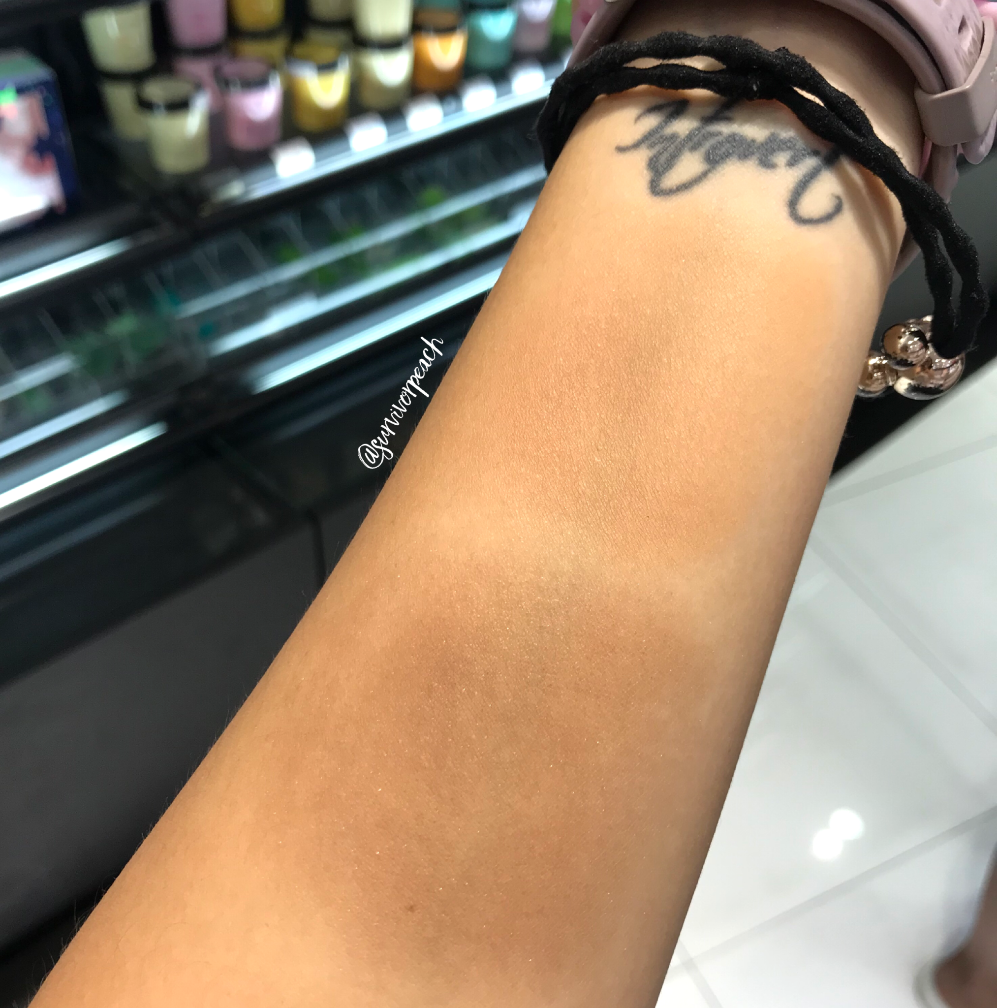 Blended Swatches of the Fenty Beauty Pro Filt'r Instant Retouch Setting Powder -Nutmeg, Honey