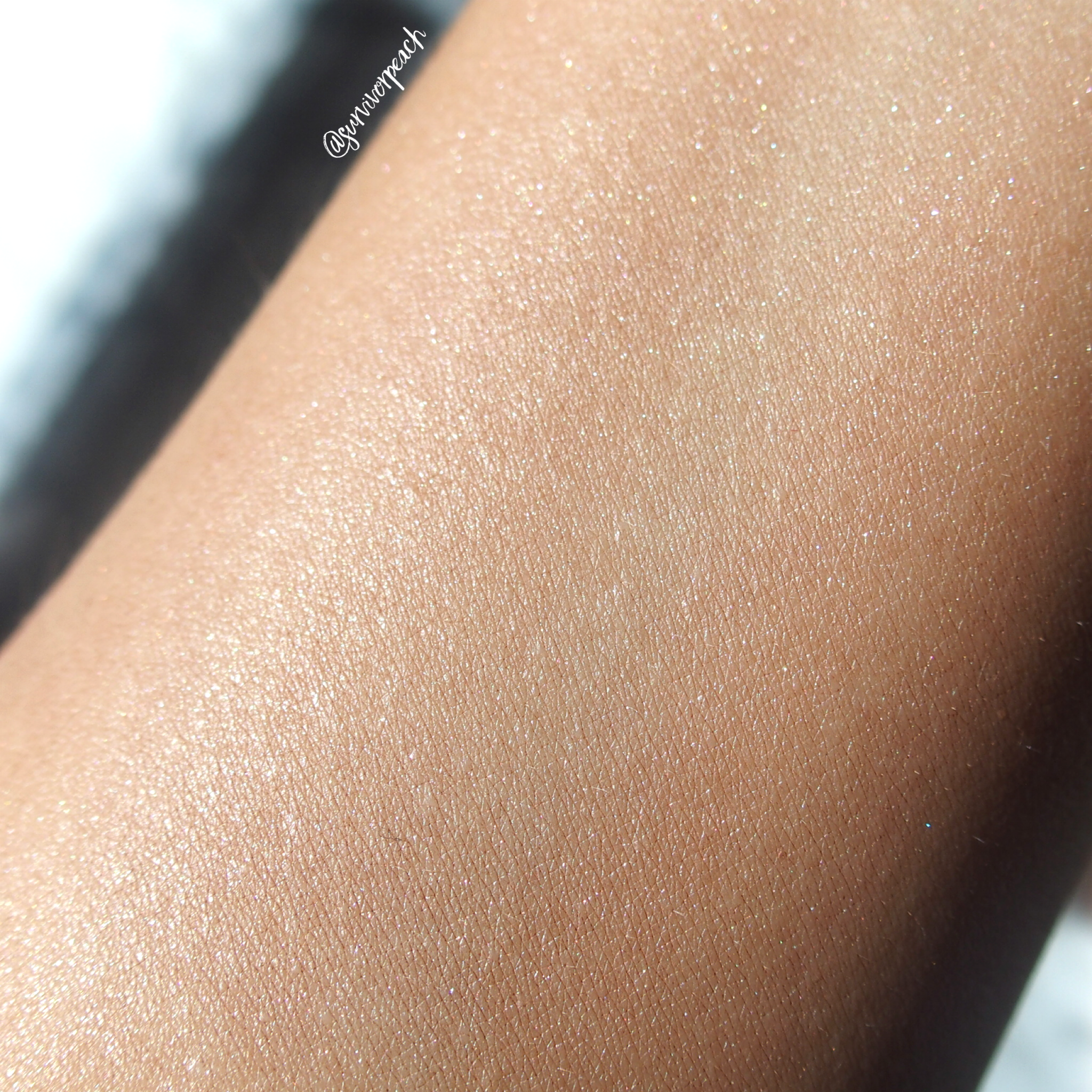 Swatches of the Lingerie Soufflé Skin Perfecting Primer - Sunkissed