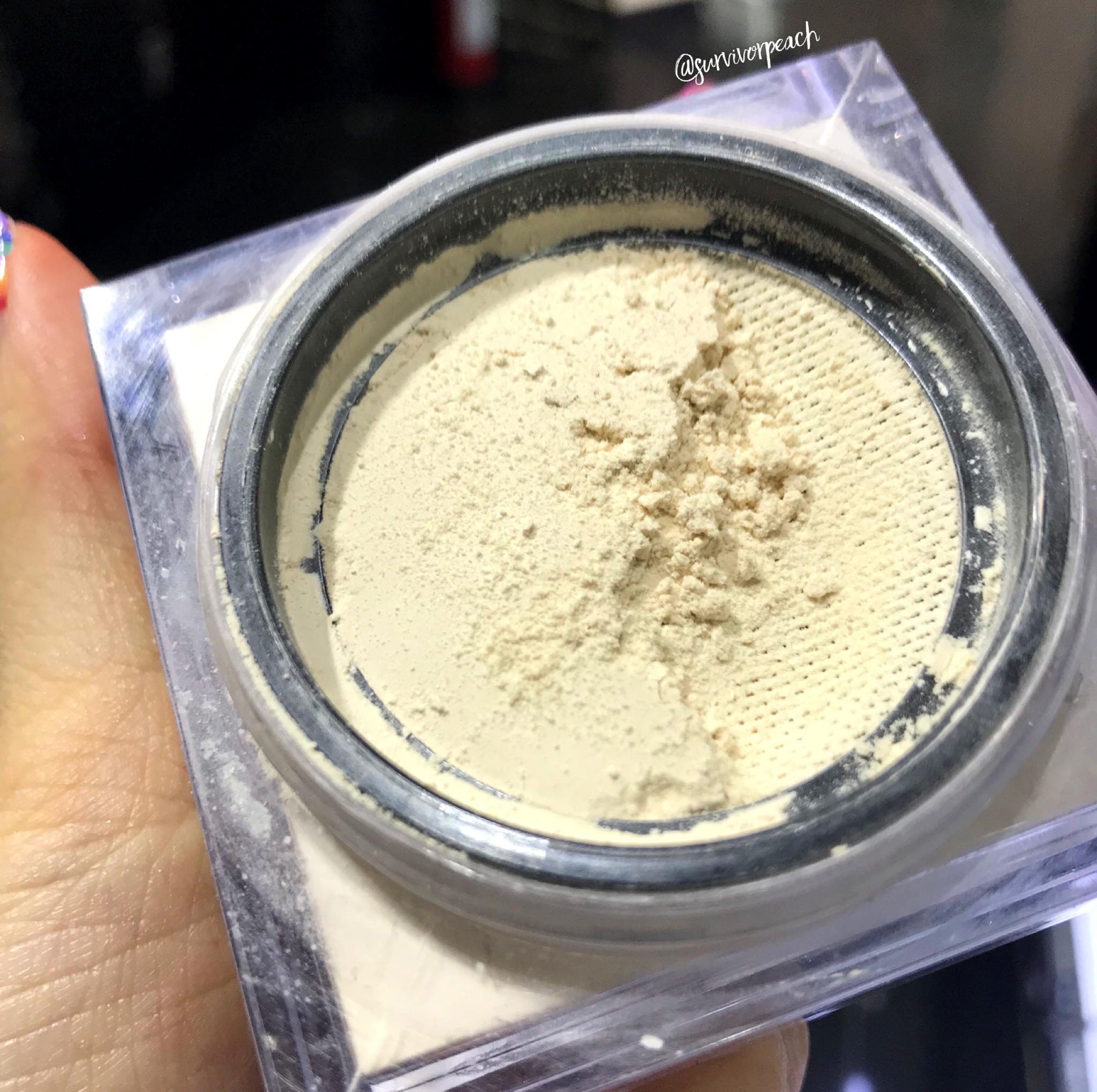 Huda Beauty Easy Bake Powder - Pound Cake