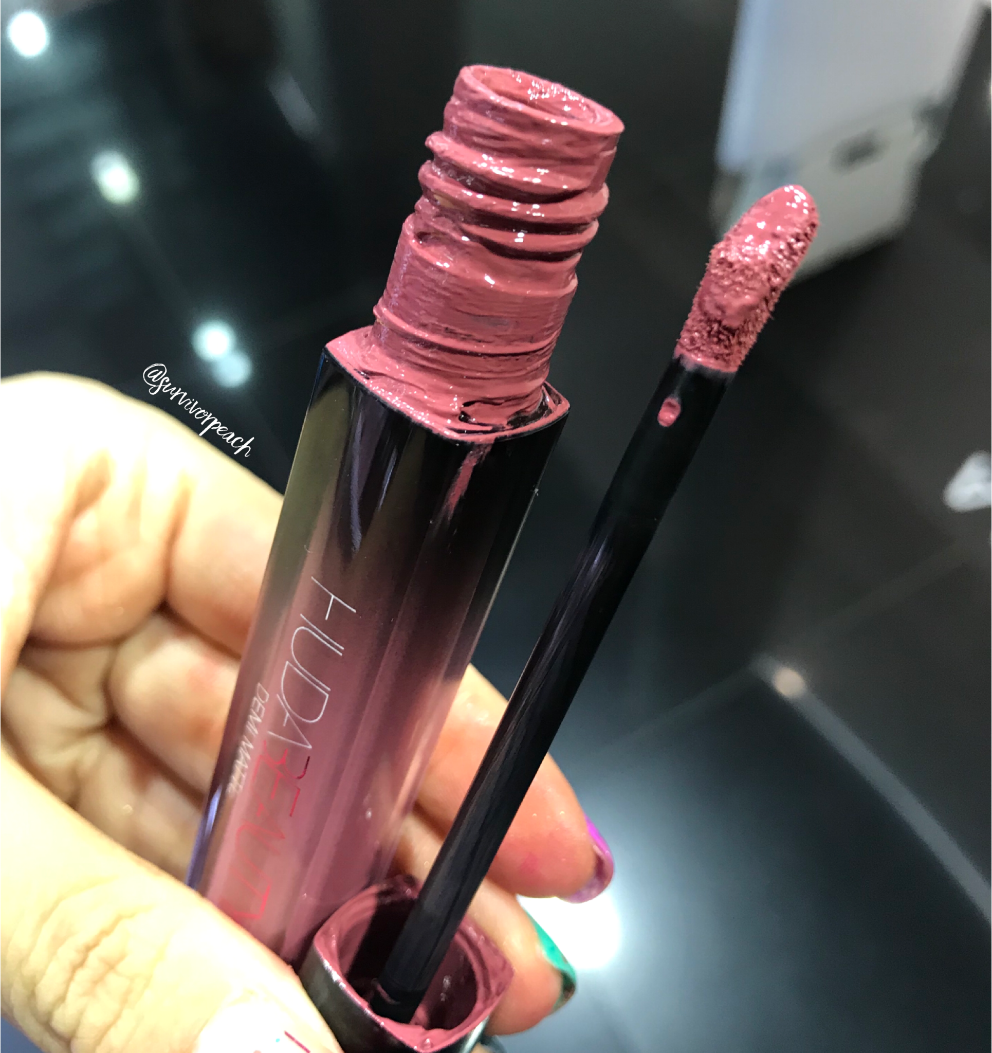 Huda Beauty Demi Matte Creme Lip - Sheikha