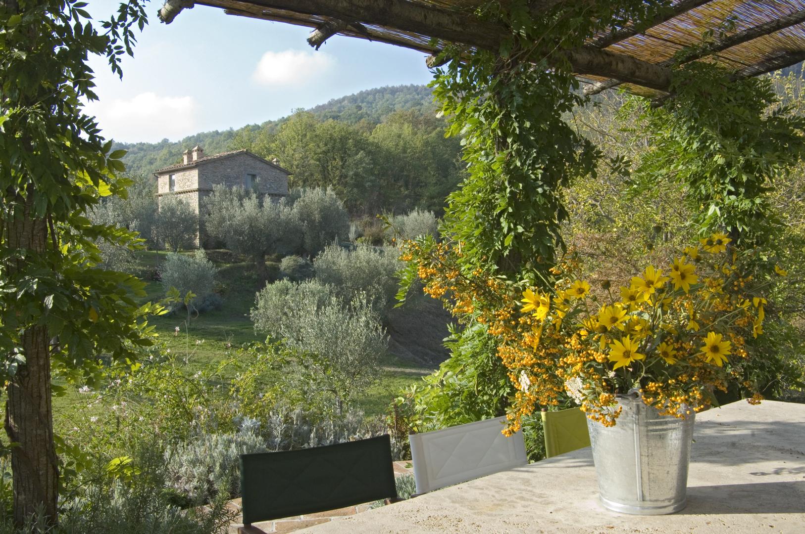 Italian Style  Kate Ganz  Umbertide (1)Front terrace  72.jpg