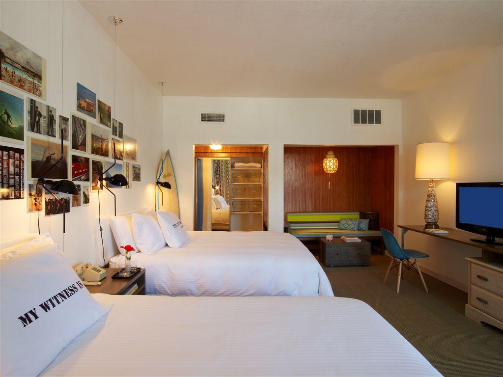 Postcard Inn Rooms 05.jpg