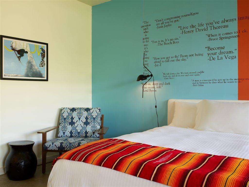 Postcard Inn Rooms 13.jpg