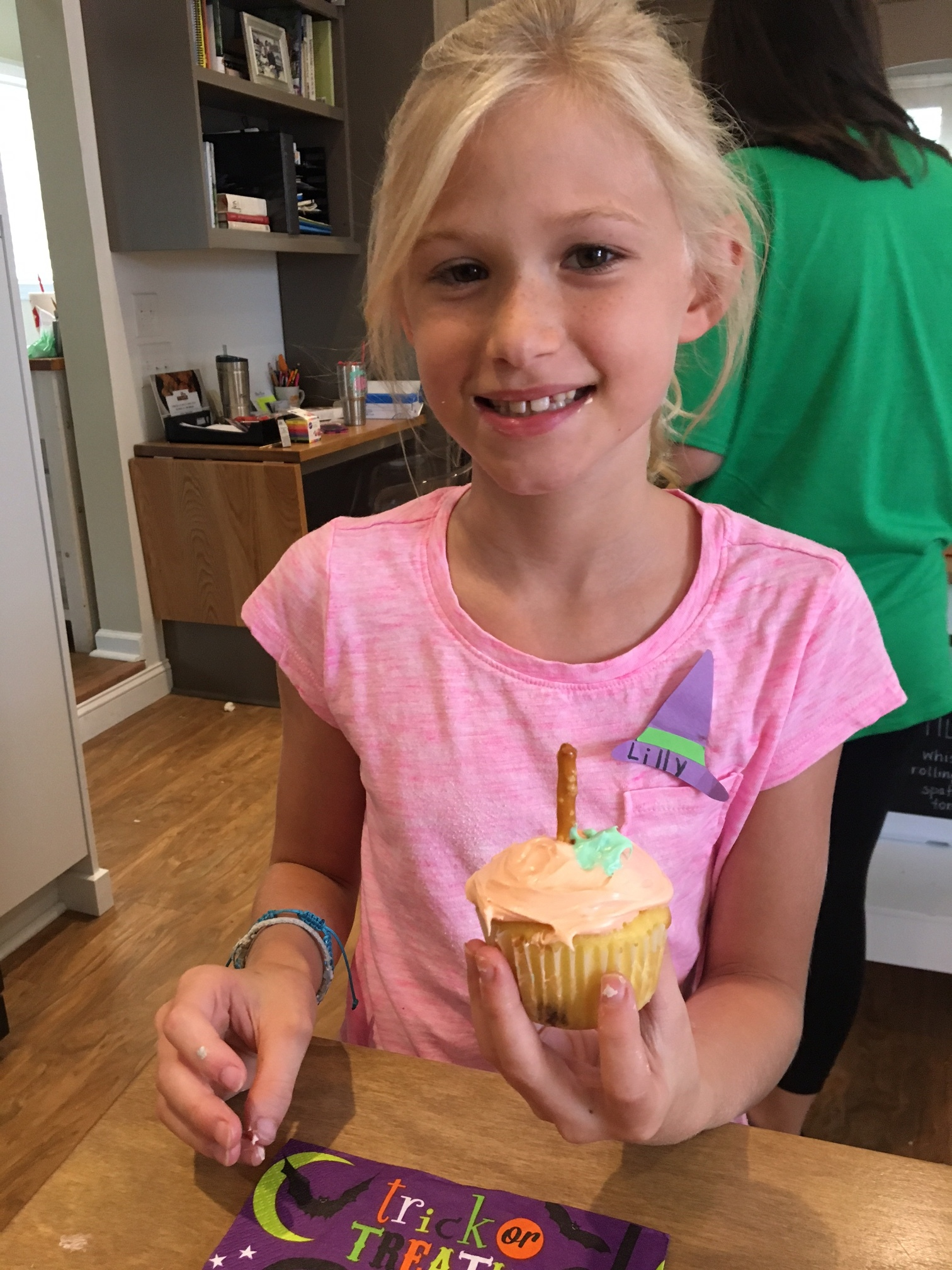 Pumpkin Surprise Cupcakes