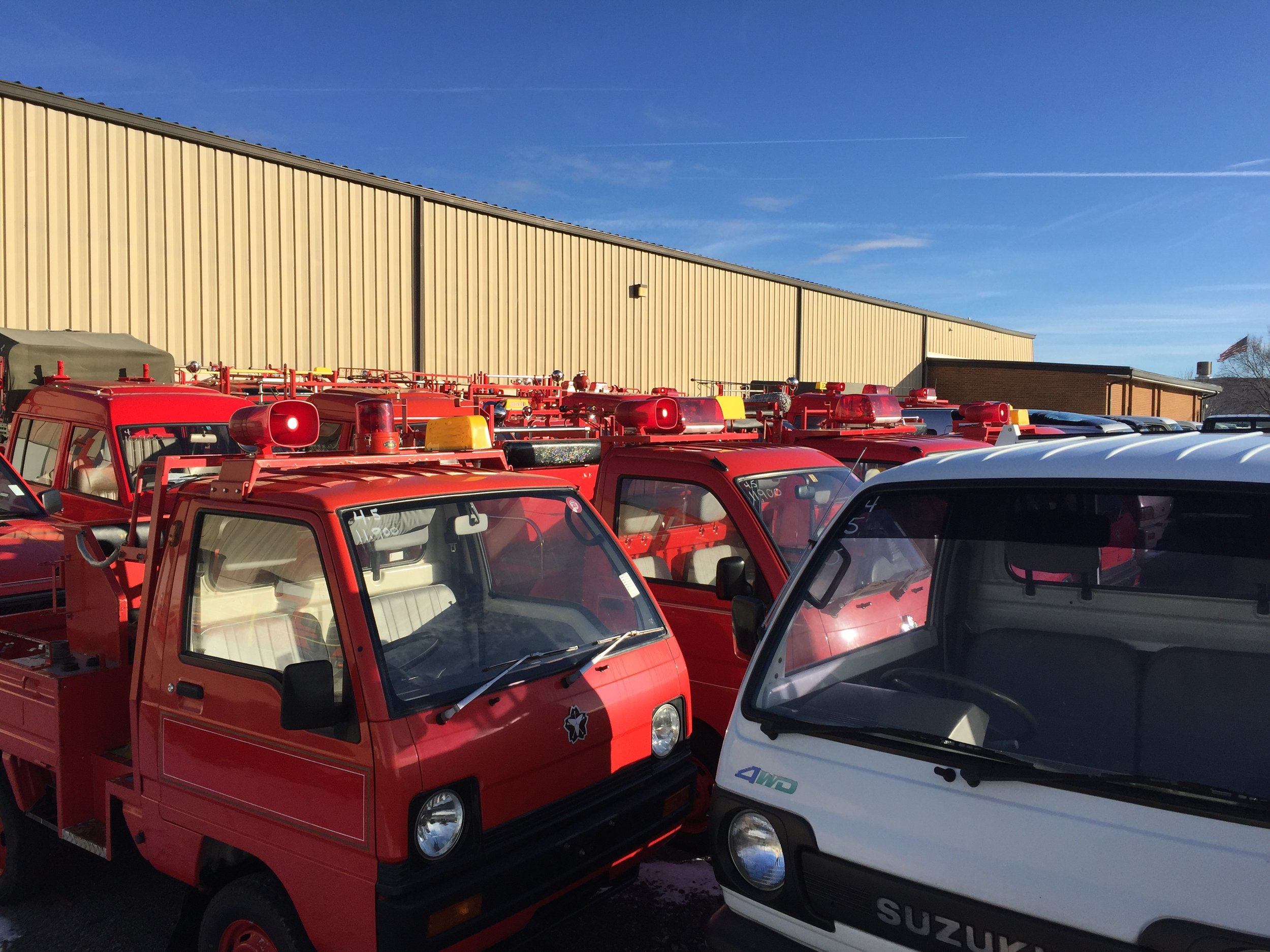 """Sprawling collection of less than 1000cc trucks from Japan but sold worldwide (not in the US). Efficient small, space and fuel efficient 4x4 trucks are the """"real men"""" of the automotive universe. These vehicles deliver everything in Japan and fight fires in small towns. Many are for sale!"""
