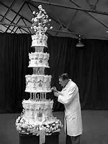 eliz II cake.jpg
