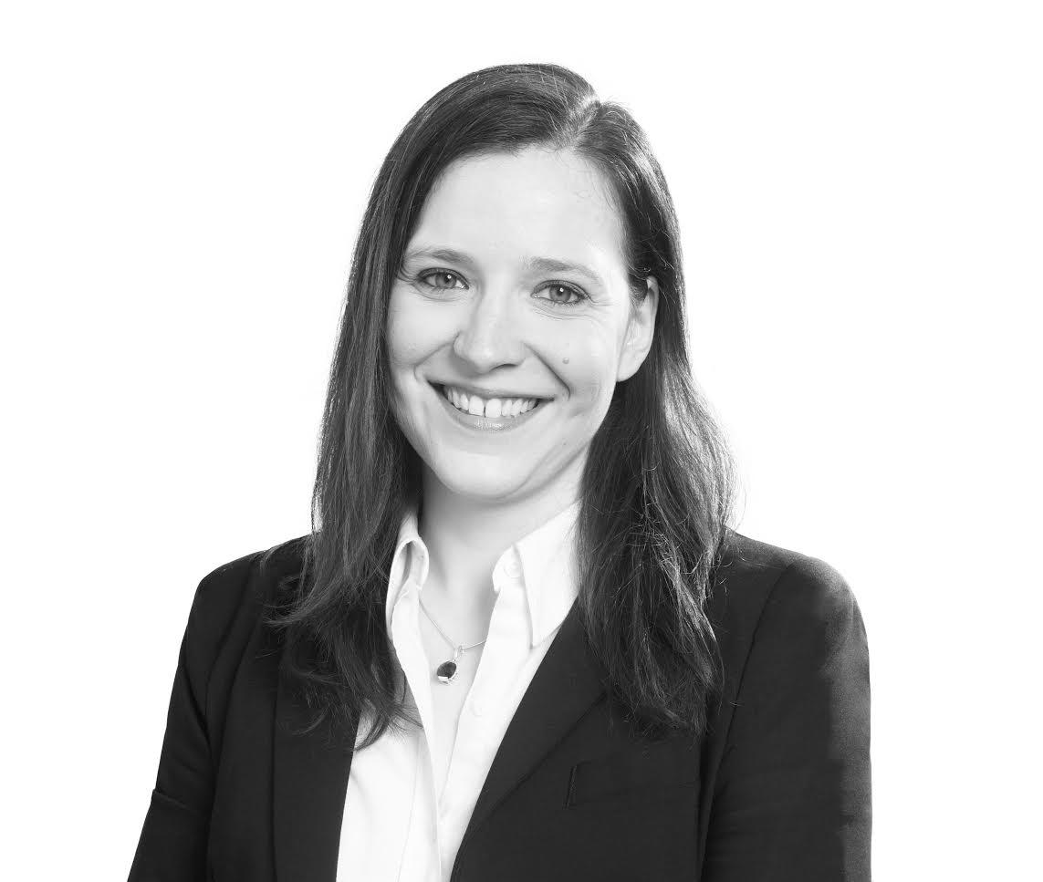 Astrid-Marie Pirson, Promo 02, diplômée en magistrature