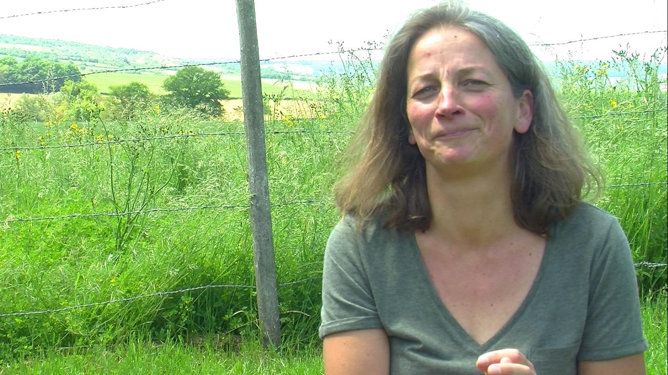 Céline Racine, l'institutrice du village