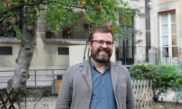"""Pierre François,nouveau directeur de l'Ecole doctorale : """"Nous devons d'abord tirer parti de la configuration interdisciplinaire de Sciences Po.""""   Photo : Émile Magazine/MM"""