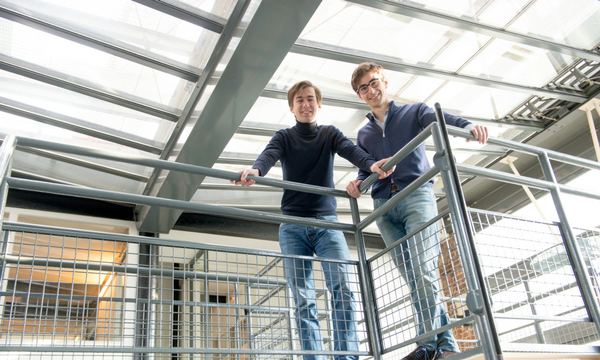 """""""Nous sommes vraiment dans une ambiance startup, avec assez peu de couches hiérarchiques"""",Xavier Pinon, directeur de Selectra.   Photo : DR"""