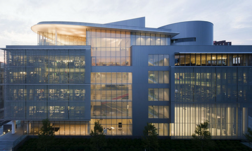Le Massachusetts Institute of Technology, un campus urbain intégré à la ville de Cambridge   Photo : Maki and Associates Stage