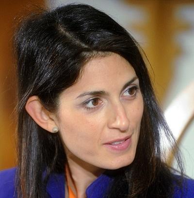 """""""Il faut recréer un lien fort entre citoyens et institutions"""", Virginia Raggi, Maire de Rome     Photo :Niccolò Caranti"""