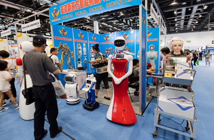 Exposition de robots à la Beijing International Consumer Electronics Expo 2017 / Shutterstock
