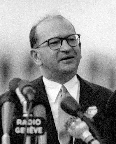 Edgar Faure, en 1955.