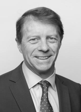 Yann Paclot - Avocat aux barreaux de Paris et de Luxembourg, agrégé des facultés de droit, professeur à l'université Paris Saclay