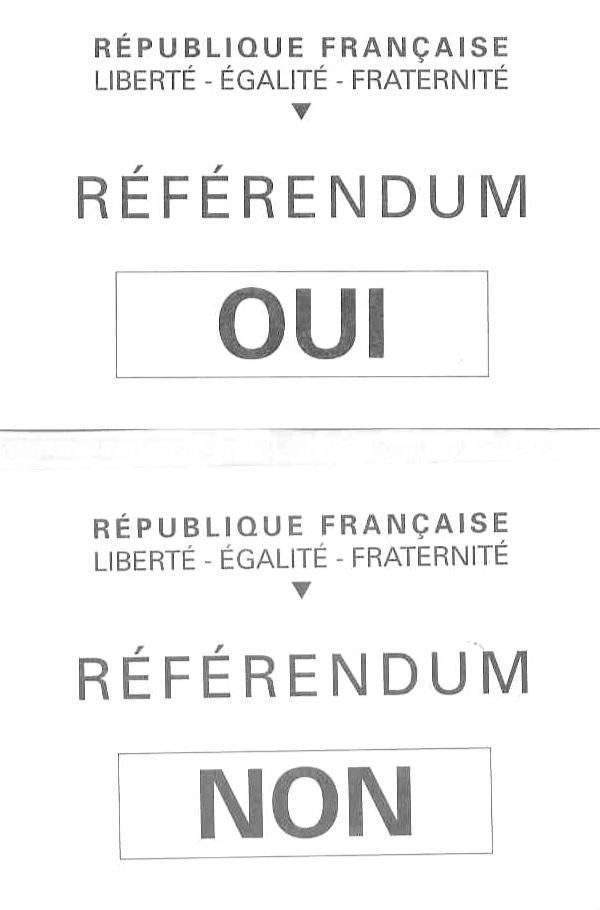 Bulletins de vote référendaire.