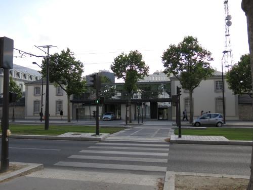 Le siège de la DGSE, boulevard Mortier. Crédit photo : domaine public