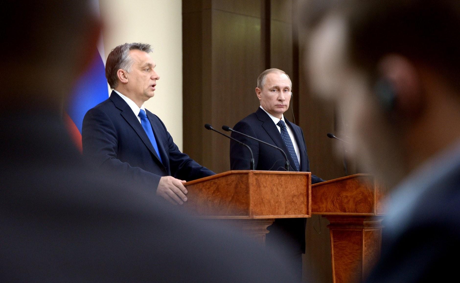 Viktor Orbán et Vladimir Poutine en 2018. Crédit photo : Kremlin