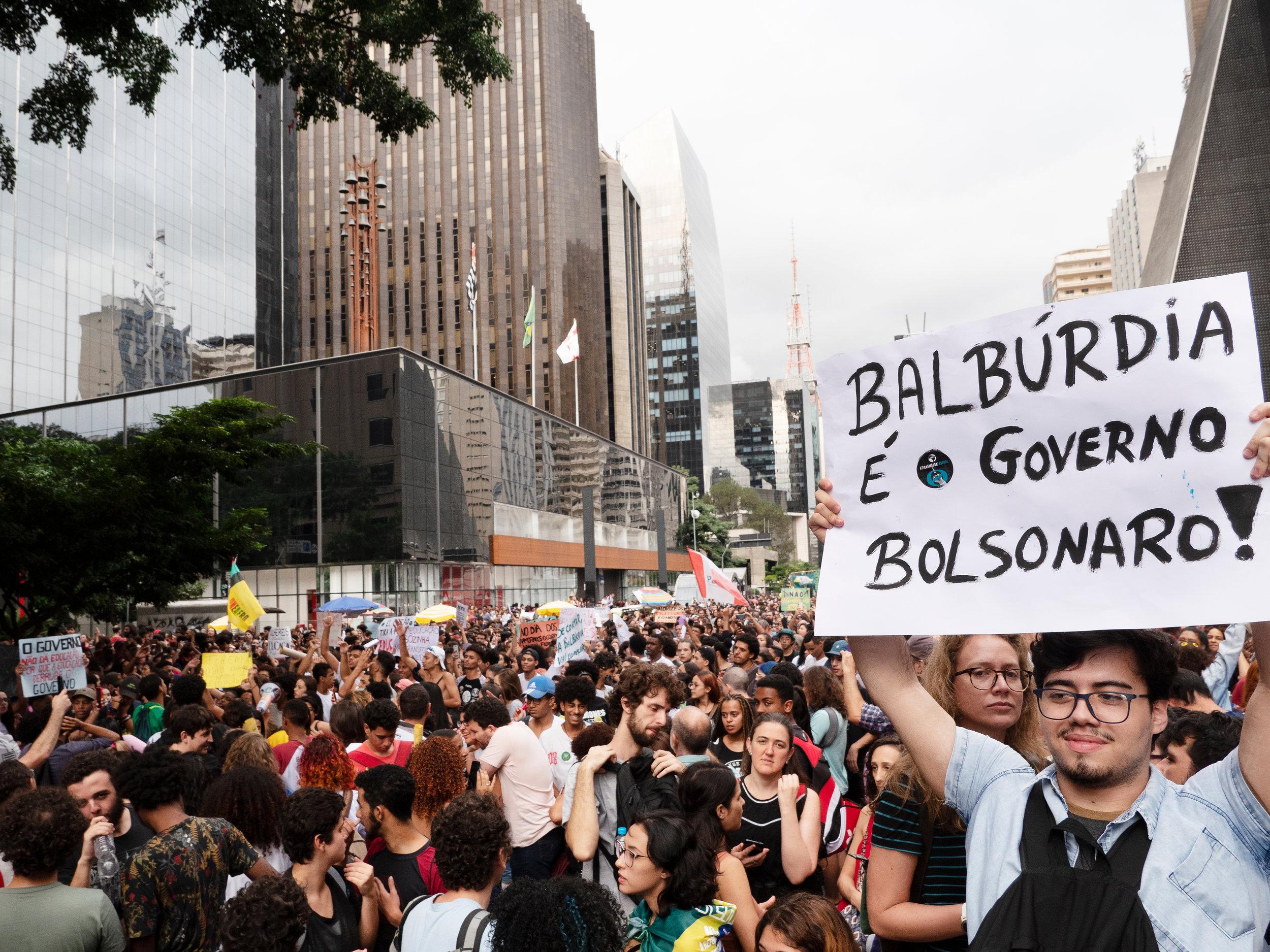 Manifestation contre les coupes budgétaires dans l'éducation décidées par Jair Bolsonaro, Sao Paulo, le 15 mai 2019. Crédit photo : Shutterstock