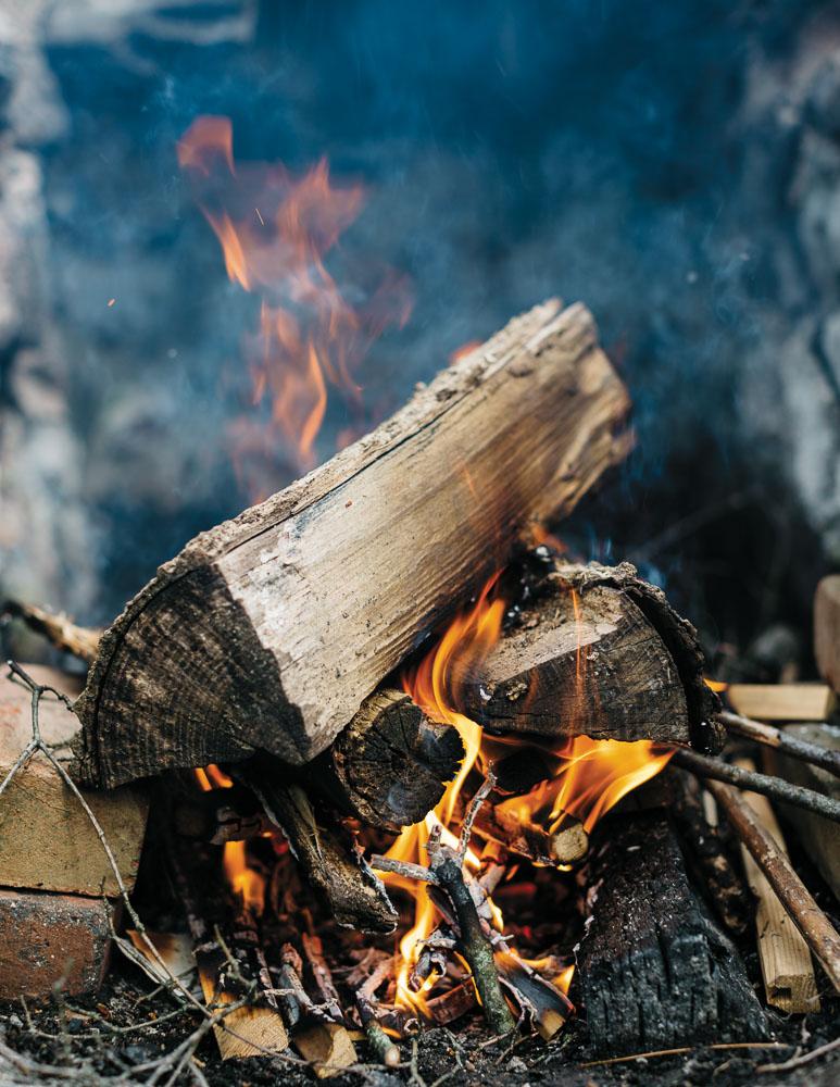 EB46-EC-Campfire-Opener-5757.jpg