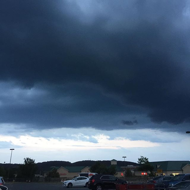 By the pricking of my thumb... ☔️ #storm #clouds #rain #thunderstorm #stormlover #ilovestorms
