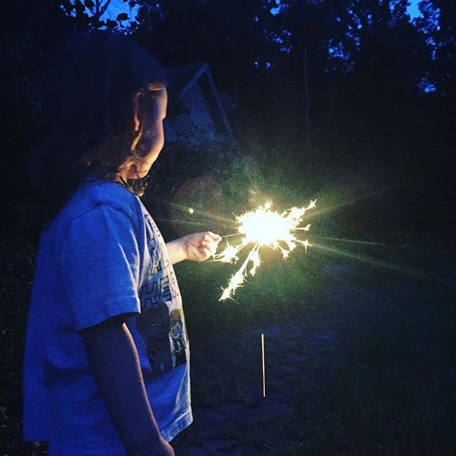 Making some magic ✨🧙🏻♀️ #wand #magic #magick #night #nighttime #magical