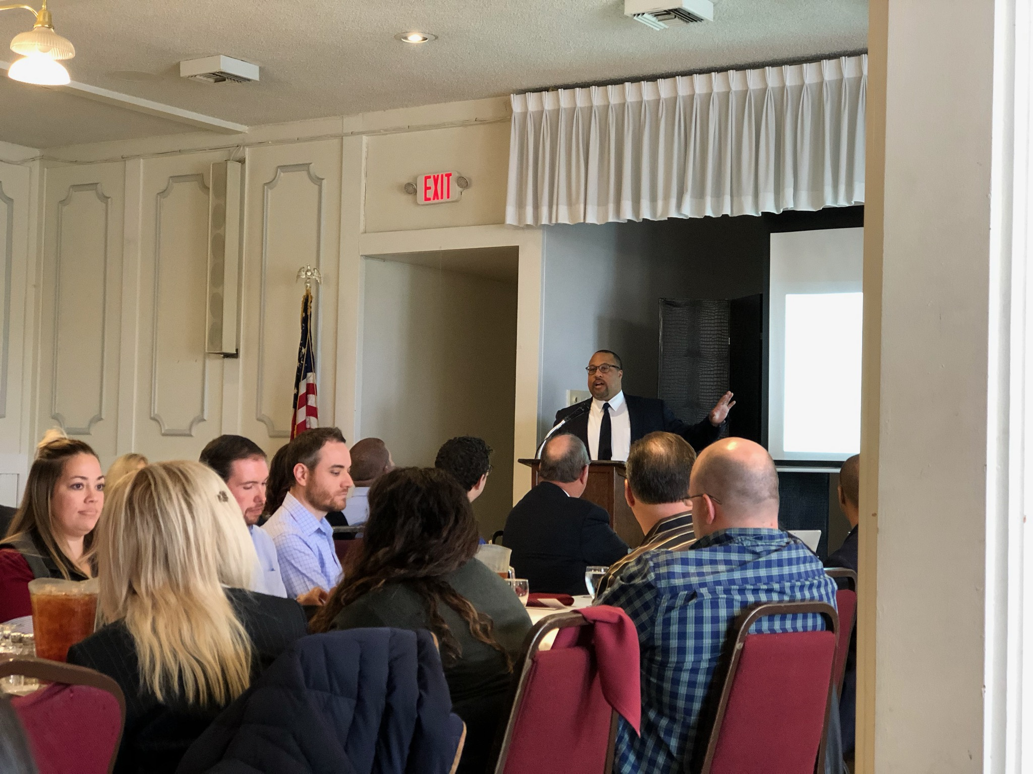LAAPL Luncheon_3-21-2019_Photo 4.jpg