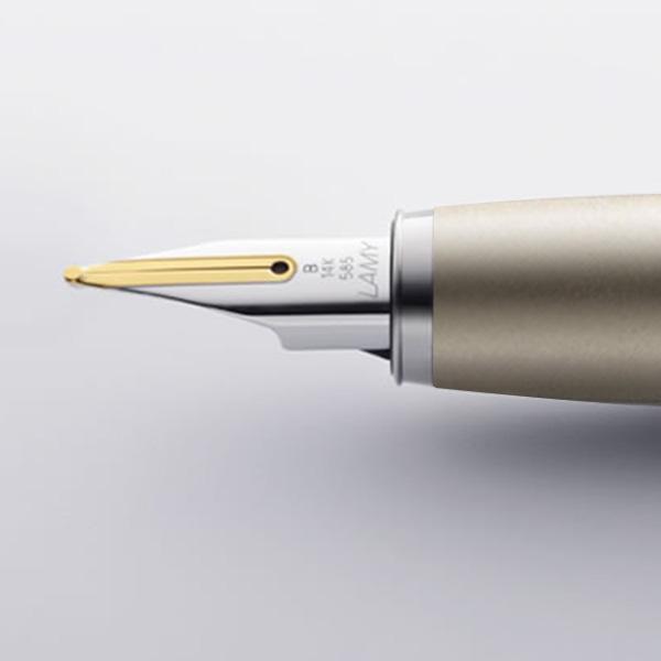 Pen Nib 2.jpg