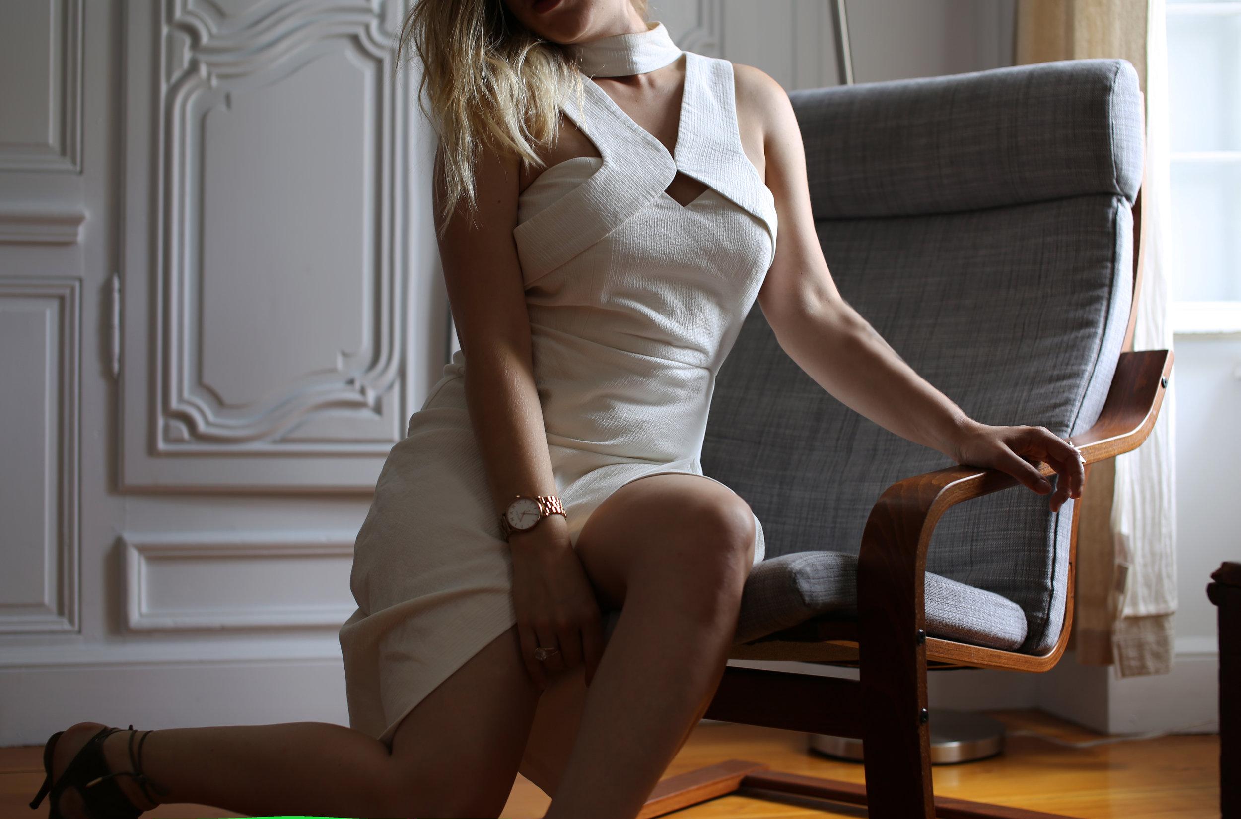 whitedresschair.jpg