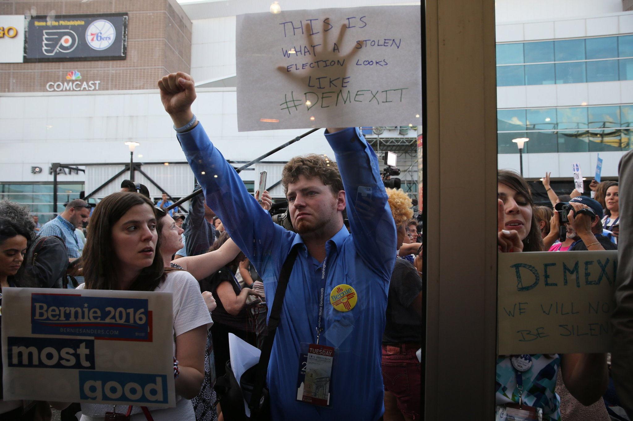 Supporters of Bernie Sanders protest at the 2016 Democratic National Convention. || Ruth Fremson, The New York Times