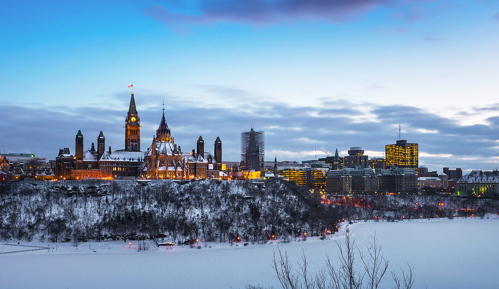 Parliament Hill in Ottawa, Canada. The Canadian government is a federal system. ||Wichan Yingyongsomsawas, Flickr