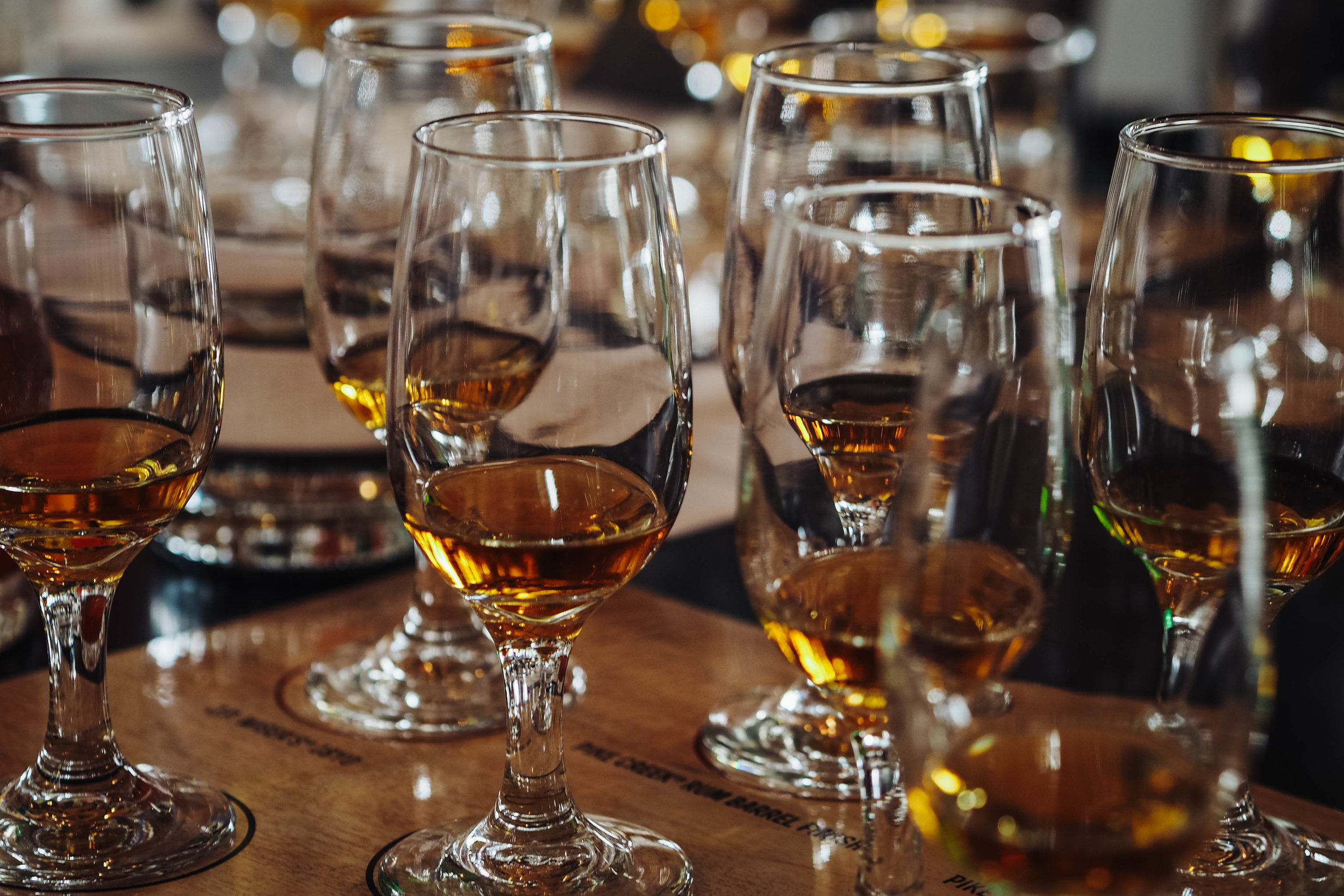 Taking part in a rare whisky tasting led by Ross Hendry, Director of Canadian Craft Whiskey and International.