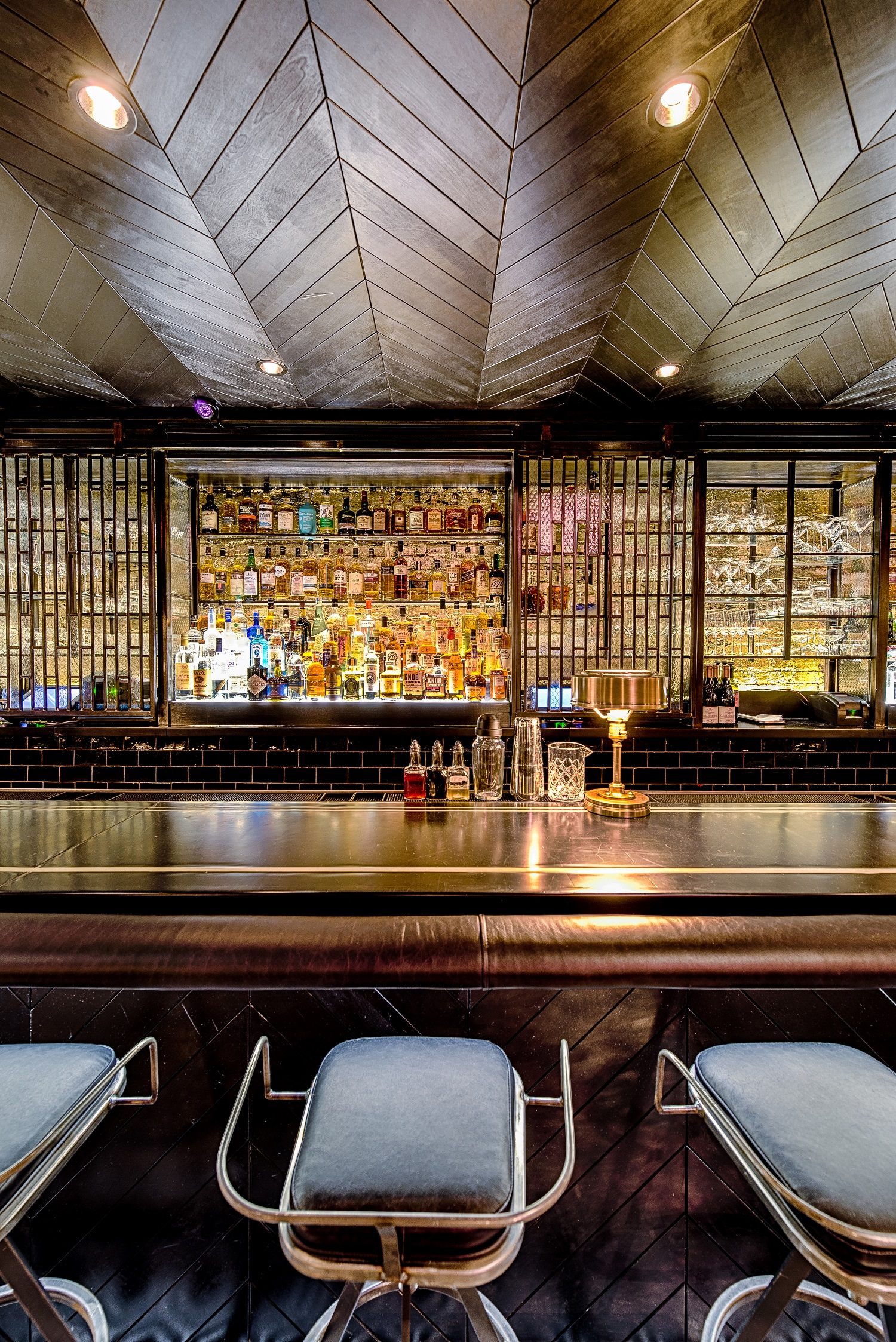 studio-saint-bars-and-restaurants-denson-washington-dc-3