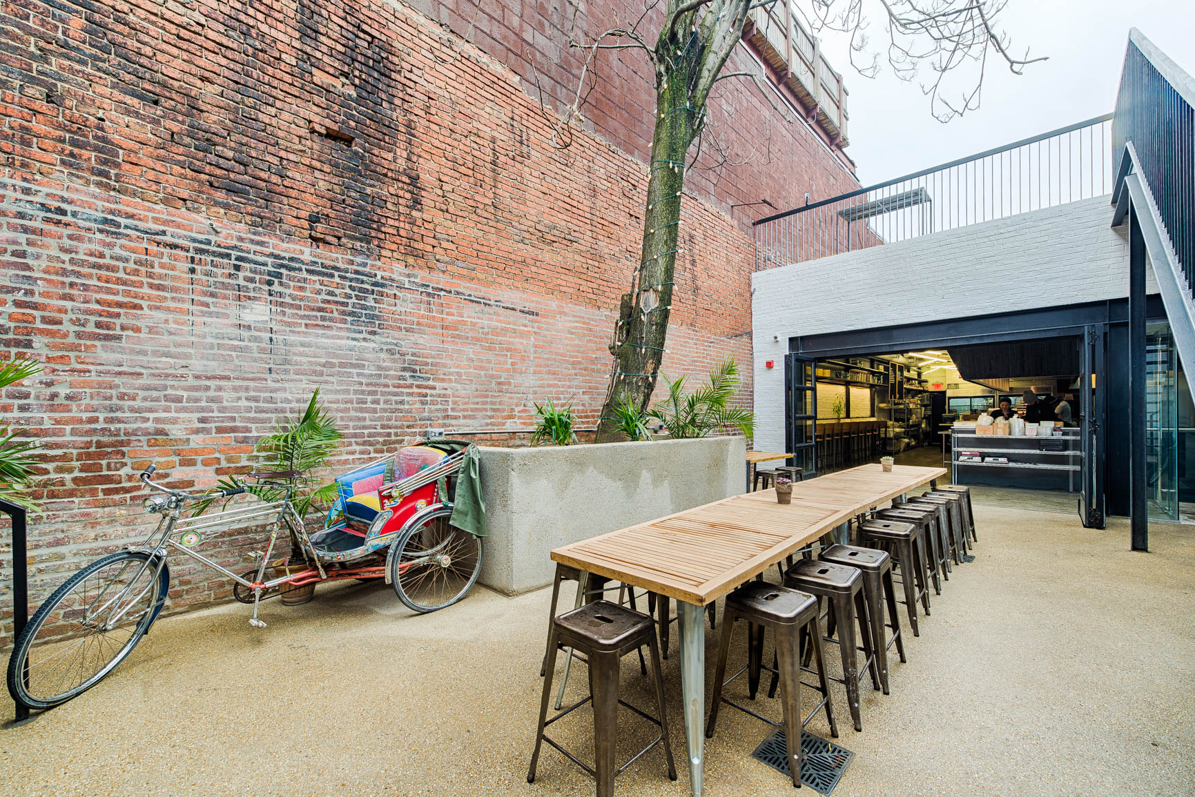 studio-saint-bars-and-restaurants-maketto-washington-dc-4