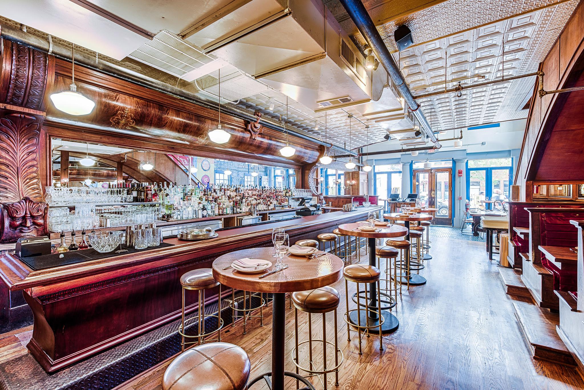 9-studio-saint-bars-and-restaurants-america-eats-tavern-washington-dc-lopez.jpg