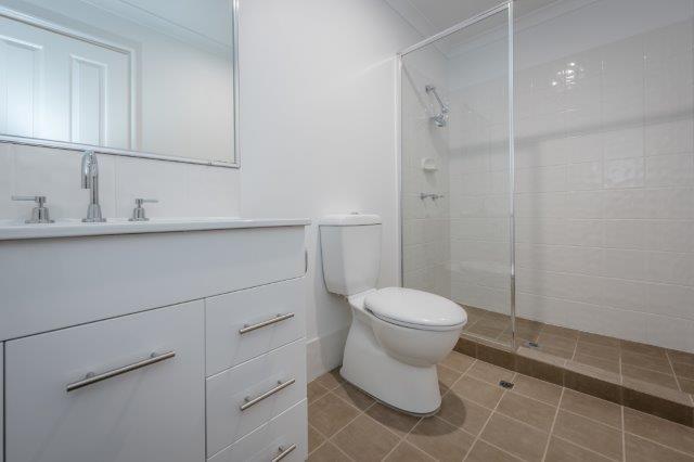 Photo-Bathroom & Toilet.jpg