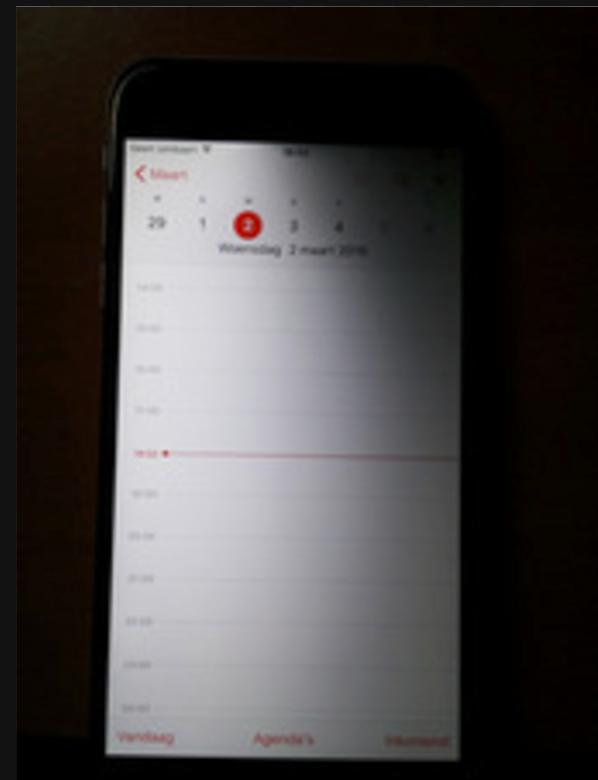 iPhone dim top corner repair