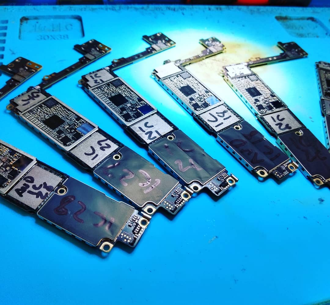 iPhone Motherboard Soldering Services