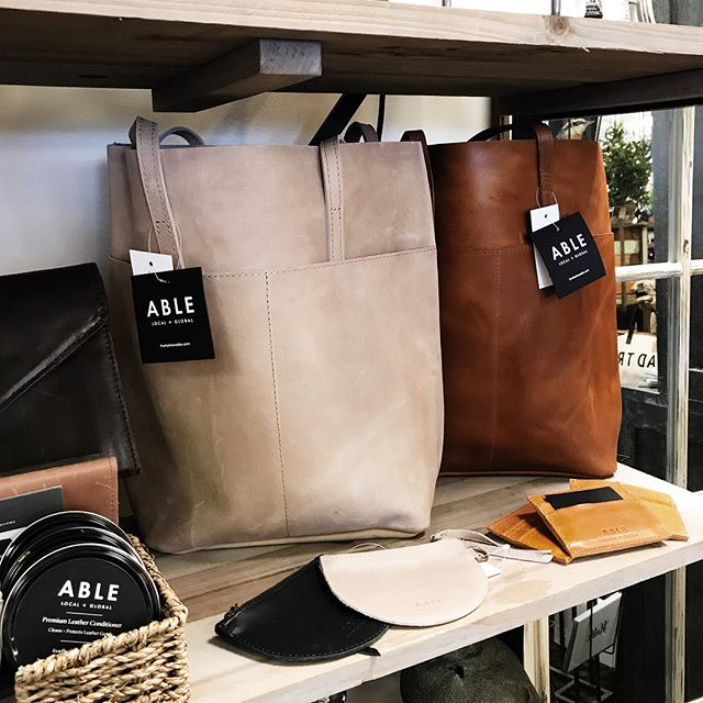 New @livefashionable leather products now in store! More to come soon 👀 • • • • • #boxwoodhomeandgift #myboxwoodhome #fairtrade #livefashionable #leathergoods #homedecor #houstonboutiques #northeasthouston #kingwood #atascocita #humbletx #giftshop