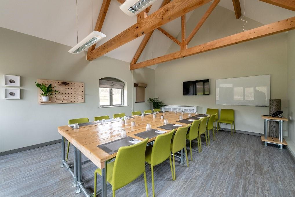 Modern meeting rooms - For 10 - 200+ delegates