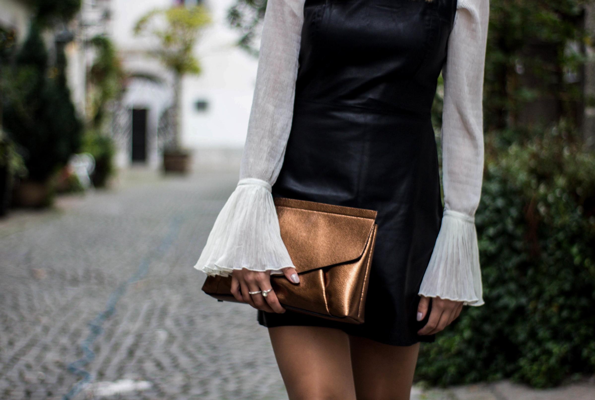 Zara clutch, buy it  here