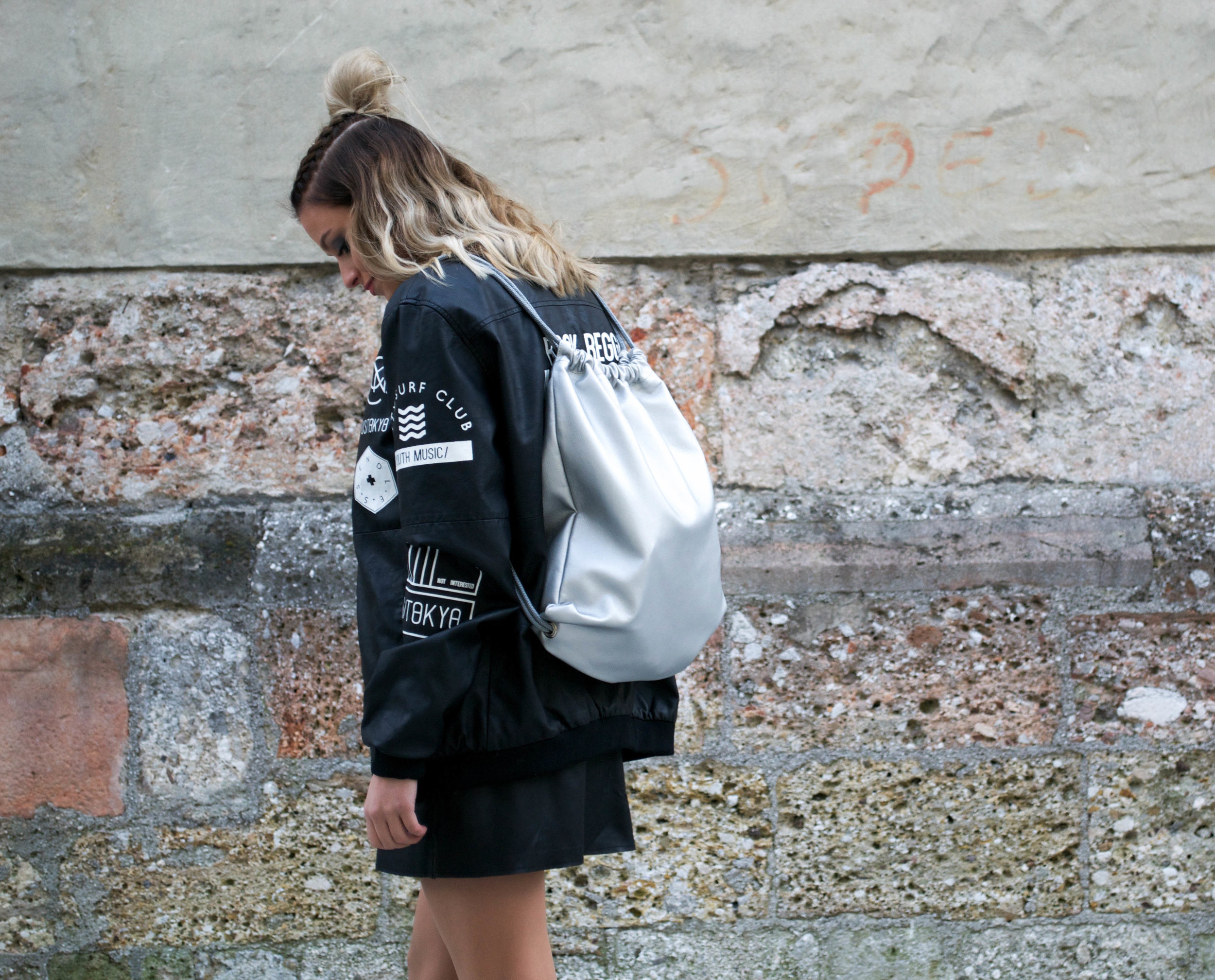 silver_backpack_curls_mainstreamchic