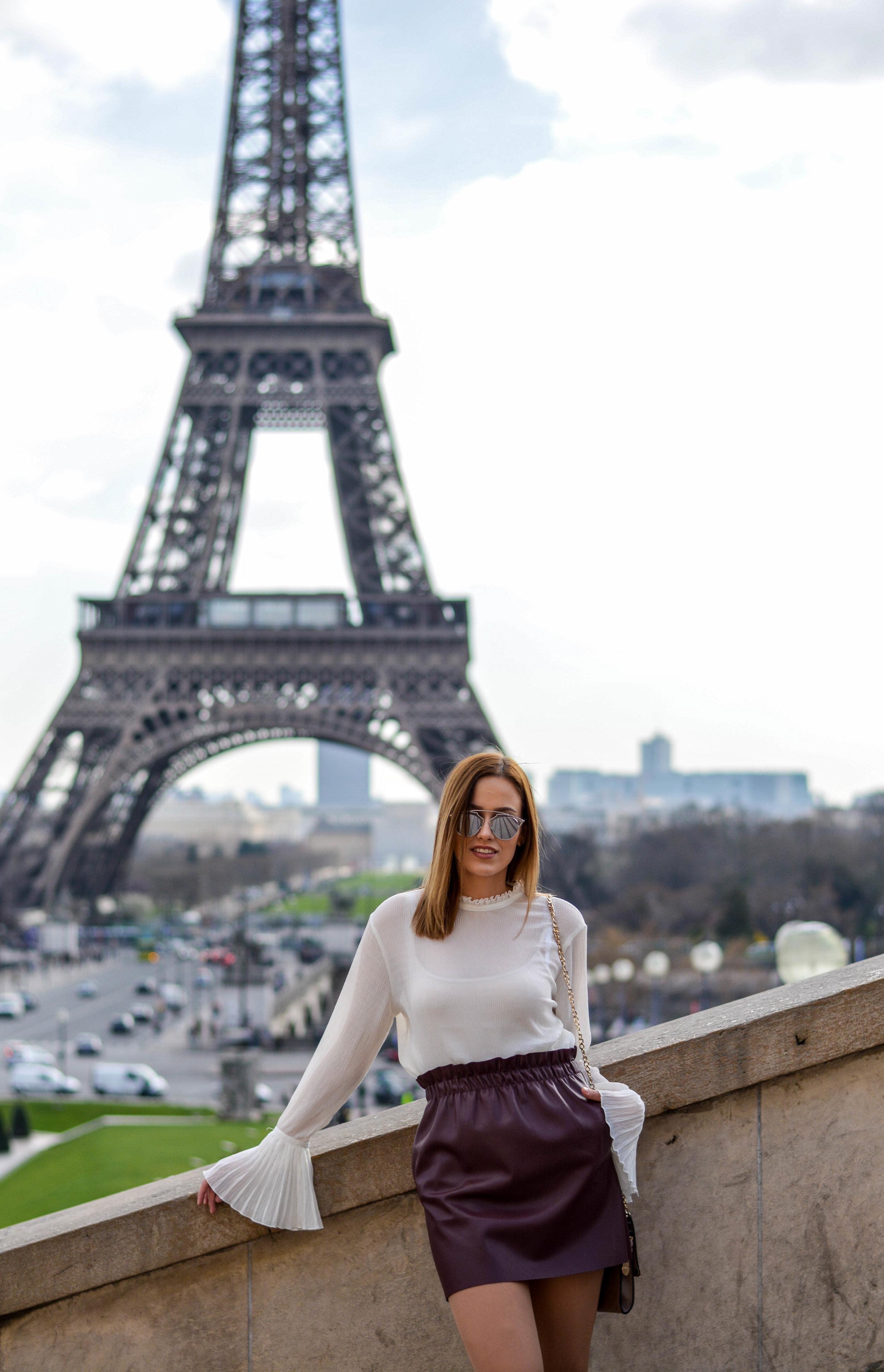 mainstream chic paris street style