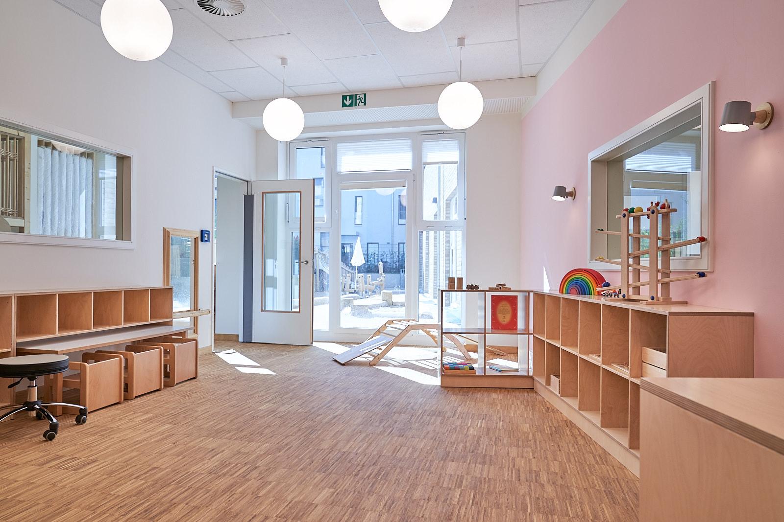 Hamburg, Neue Mitte Altona, Moete, Kita Sandvika, Krippe, U3, Kita, Kindergarten, Kindertagesstätte, Schlafpodest, Krippe 04-01.jpg