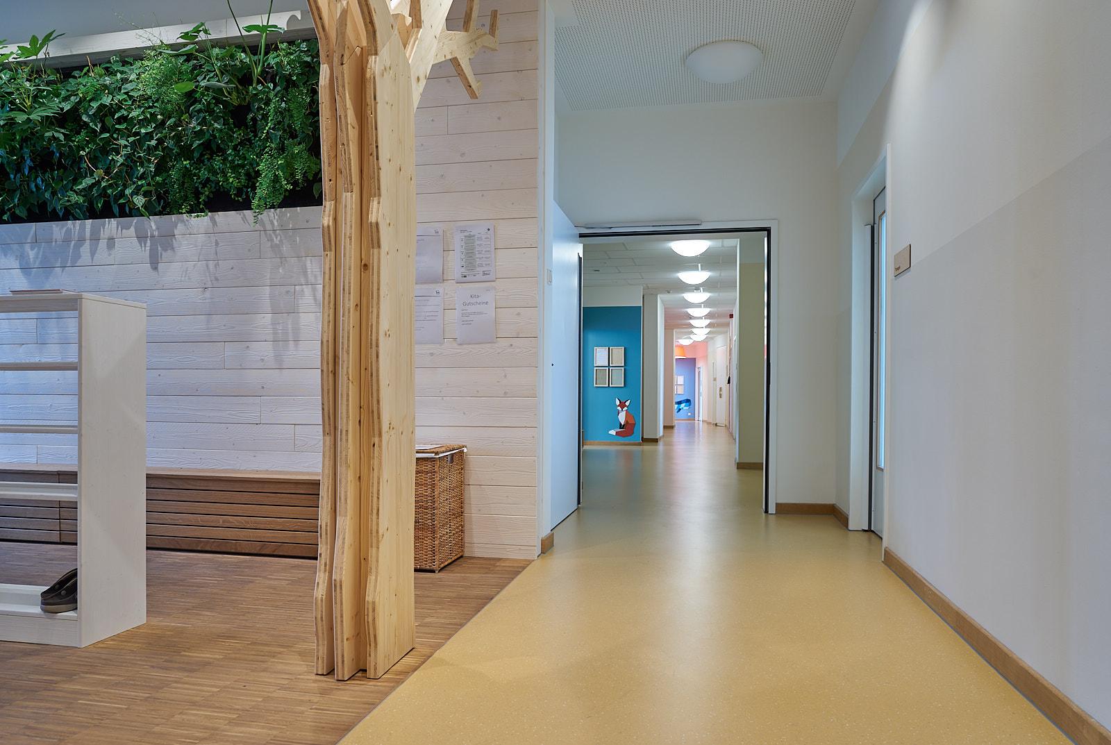 Hamburg, Neue Mitte Altona, Moete, Kita Sandvika, Flur, Kita, Kindergarten, Kindertagesstätte, Krippe 03.jpg