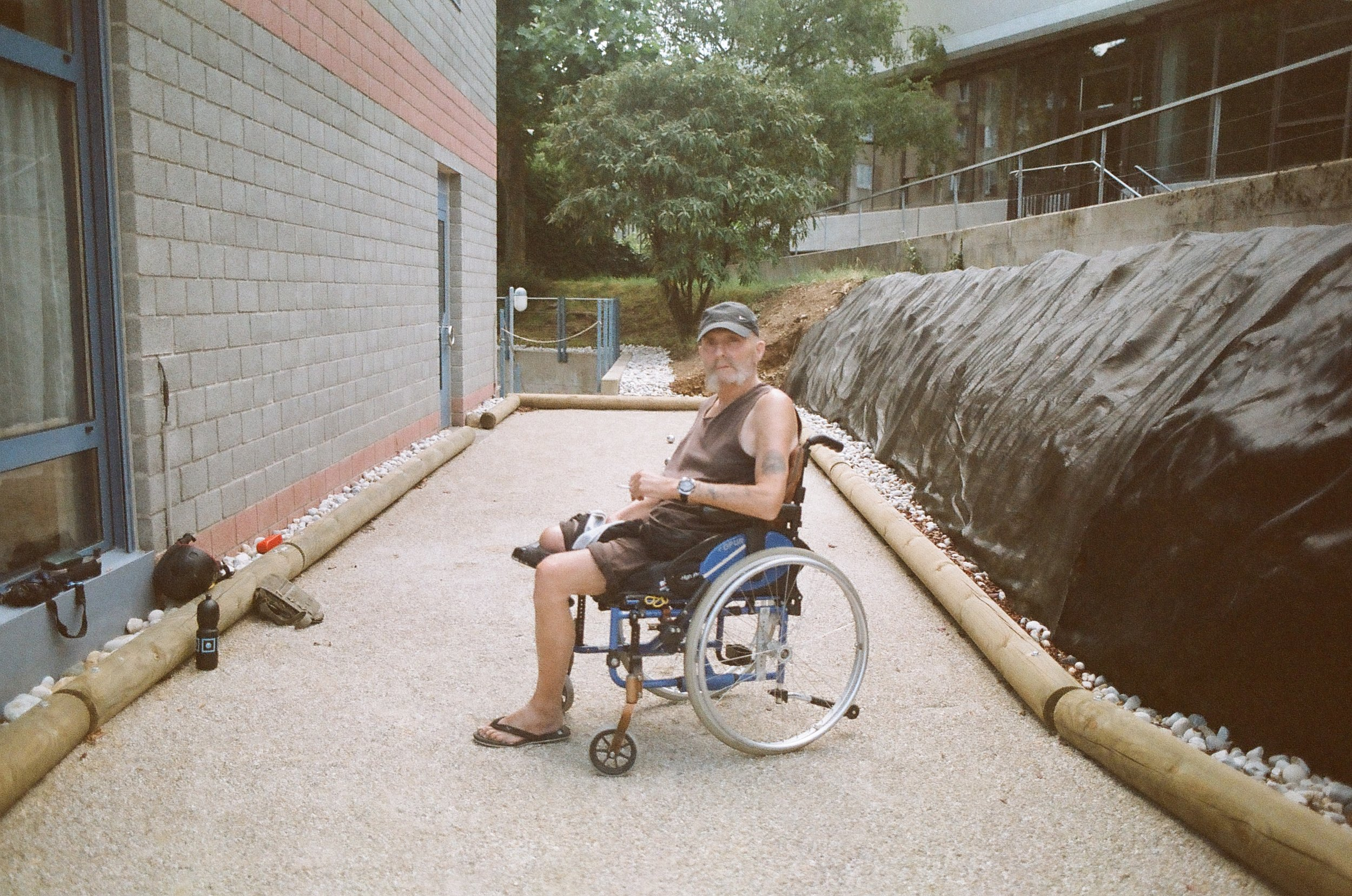 0012_11foyer handicap best 2017.jpg