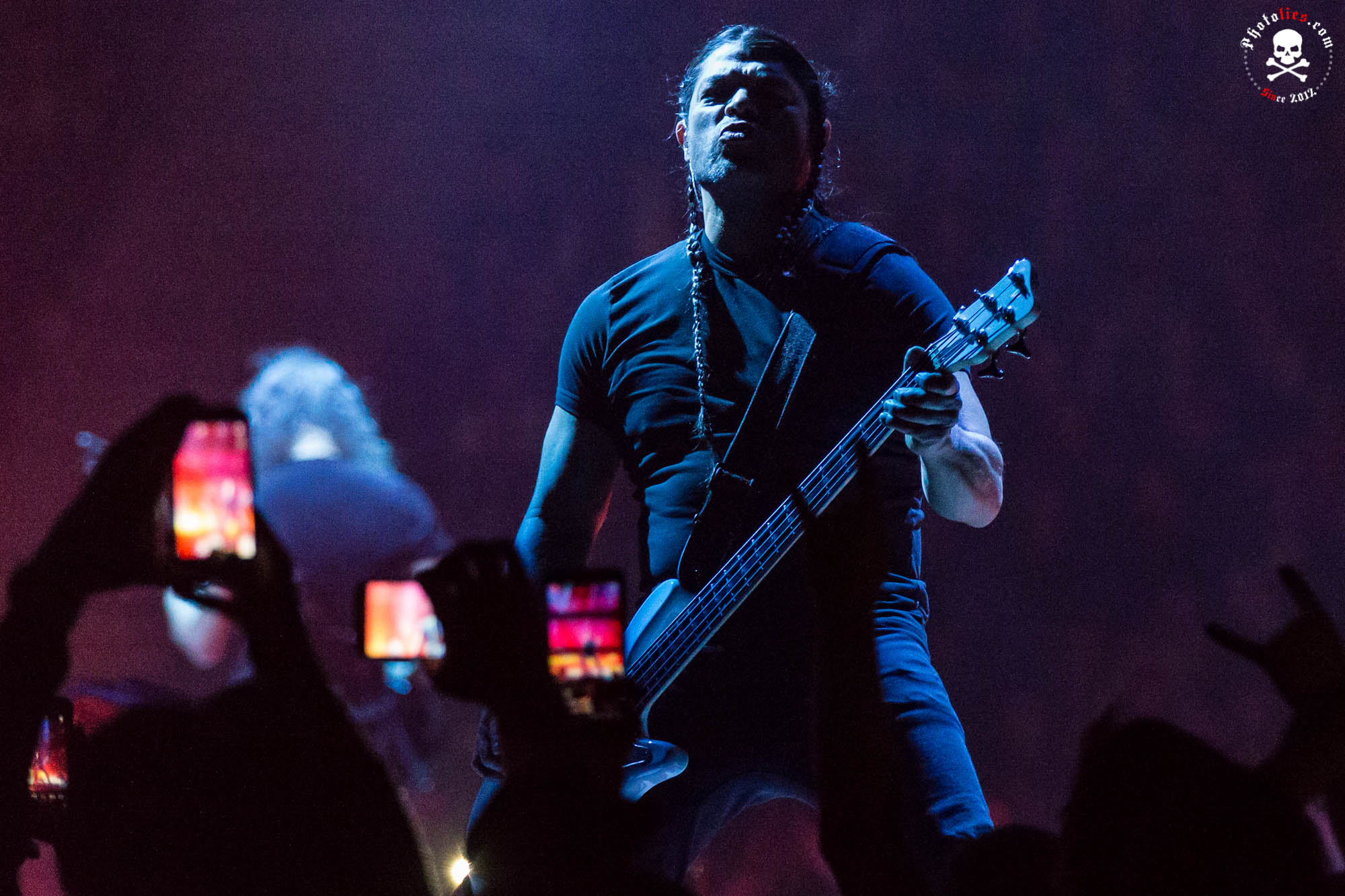 Metallica-3.jpg