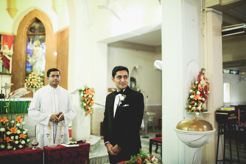 mumbai-christian-wedding-into-candid-photography-ks-26.jpg