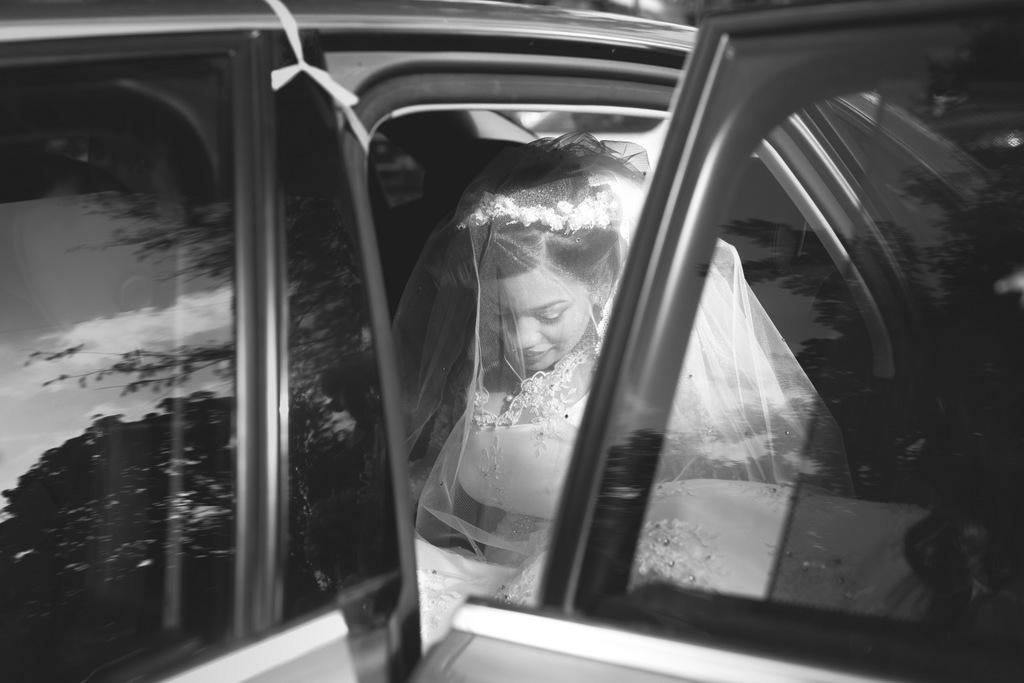 mumbai-wedding-into-candid-photography-rt-10.jpg